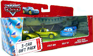 World Of Cars - 3-Car Gift Pack Boxed - Bling Bling McQueen, Gold Mia, Gold Tia
