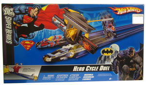 DC Superheros - Hero Cycle Duel