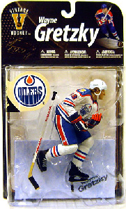 NHL Legends 8 - Wayne Gretzky 9 - White Jersey Variant
