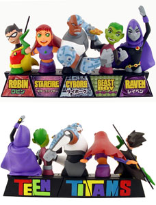 Teen Titans Mini Paperweight Set