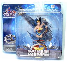 Wonder Woman Mini Paperweight