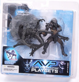 Alien Vs Predator Playsets - Celtic Predator Throws Alien
