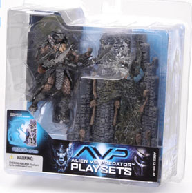Alien Vs Predator Playsets - Predator with Base