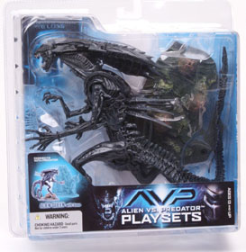 Alien Vs Predator Playsets - Alien Queen with Base