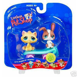 Littlest Pet Shop - Bunny and Cat on Skateboard