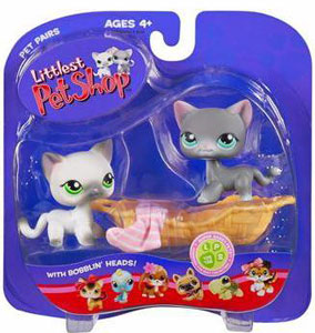 Littlest Pet Shop -  White Cat, Grey Cat and Basket with Sox(125 - 126)