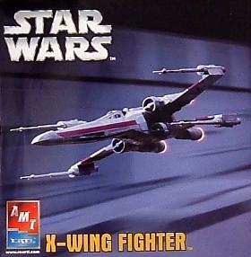 X-Wing Fighter Medium Scale Model Kit
